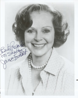 JUNE LOCKHART - AUTOGRAPHED INSCRIBED PHOTOGRAPH  - HFSID 186092