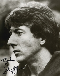 DUSTIN HOFFMAN - AUTOGRAPHED INSCRIBED PHOTOGRAPH