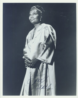 PEARL BAILEY - AUTOGRAPHED SIGNED PHOTOGRAPH  - HFSID 186743