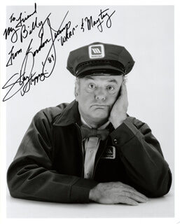 GORDON JUMP - AUTOGRAPHED INSCRIBED PHOTOGRAPH