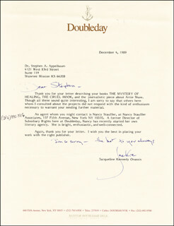 FIRST LADY JACQUELINE B. KENNEDY - TYPED LETTER SIGNED