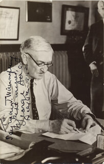 Autographs: GEORGE ADE - INSCRIBED PICTURE POSTCARD SIGNED 12/04/1942
