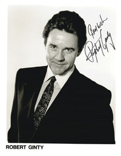 ROBERT GINTY - AUTOGRAPHED SIGNED PHOTOGRAPH