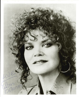 EILEEN BRENNAN - AUTOGRAPHED SIGNED PHOTOGRAPH