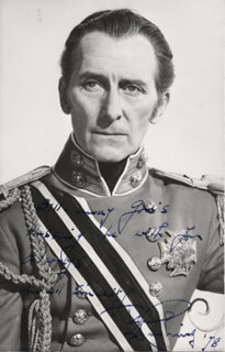 PETER CUSHING - AUTOGRAPHED INSCRIBED PHOTOGRAPH 1978