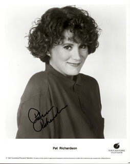 PATRICIA RICHARDSON - AUTOGRAPHED SIGNED PHOTOGRAPH
