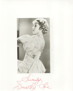 DOROTHY LEE - AUTOGRAPHED SIGNED PHOTOGRAPH