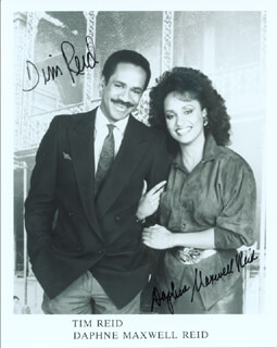 SNOOPS TV CAST - AUTOGRAPHED SIGNED PHOTOGRAPH CO-SIGNED BY: TIM REID, DAPHNE MAXWELL REID