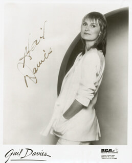 GAIL DAVIES - AUTOGRAPHED SIGNED PHOTOGRAPH