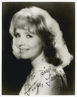 PIPER LAURIE - AUTOGRAPHED INSCRIBED PHOTOGRAPH