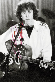 DONOVAN - AUTOGRAPHED SIGNED PHOTOGRAPH 1992  - HFSID 192886