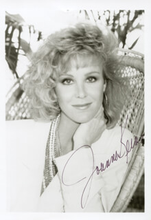 JOANNA KERNS - AUTOGRAPHED SIGNED PHOTOGRAPH