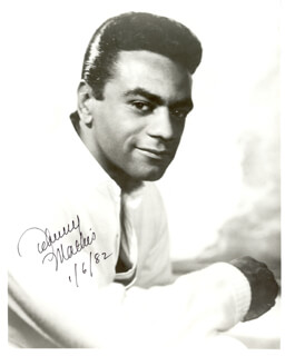 JOHNNY MATHIS - AUTOGRAPHED SIGNED PHOTOGRAPH 01/06/1982