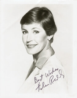 HELEN REDDY - AUTOGRAPHED SIGNED PHOTOGRAPH