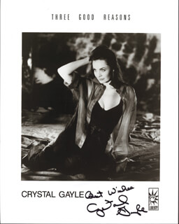 CRYSTAL GAYLE - PRINTED PHOTOGRAPH SIGNED IN INK