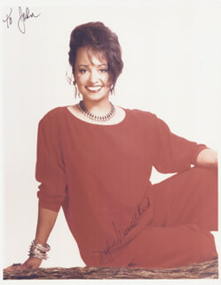 DAPHNE MAXWELL REID - AUTOGRAPHED INSCRIBED PHOTOGRAPH