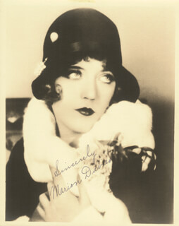 MARION DAVIES - AUTOGRAPHED SIGNED PHOTOGRAPH