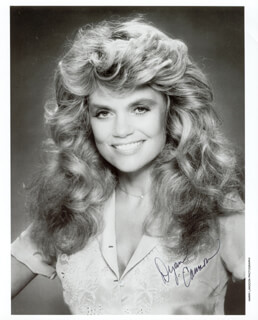 DYAN CANNON - AUTOGRAPHED SIGNED PHOTOGRAPH