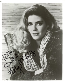 KELLY McGILLIS - AUTOGRAPHED SIGNED PHOTOGRAPH