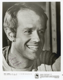 MIKE FARRELL - AUTOGRAPHED SIGNED PHOTOGRAPH