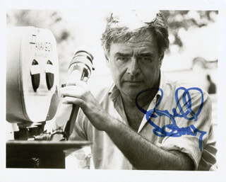 RICHARD DONNER - AUTOGRAPHED SIGNED PHOTOGRAPH