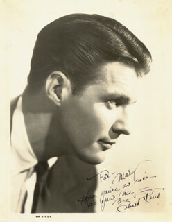 ROBERT KENT - AUTOGRAPHED INSCRIBED PHOTOGRAPH