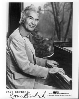 DAVE BRUBECK - AUTOGRAPHED SIGNED PHOTOGRAPH