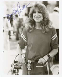 MARY KAY PLACE - AUTOGRAPHED SIGNED PHOTOGRAPH