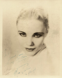 MONA LESLLIE - AUTOGRAPHED INSCRIBED PHOTOGRAPH 1933