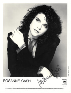 ROSANNE CASH - PRINTED PHOTOGRAPH SIGNED IN INK 1989