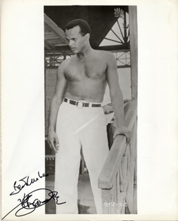 HARRY BELAFONTE - AUTOGRAPHED SIGNED PHOTOGRAPH