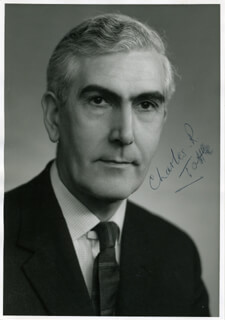CHARLES RONALD TOTTLE - AUTOGRAPHED SIGNED PHOTOGRAPH