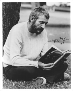 ROD MCKUEN - AUTOGRAPHED SIGNED PHOTOGRAPH 1978
