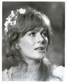 VANESSA REDGRAVE - AUTOGRAPHED INSCRIBED PHOTOGRAPH