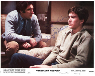 TIMOTHY HUTTON - AUTOGRAPHED INSCRIBED PHOTOGRAPH