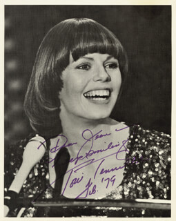 CAPTAIN & TENNILLE (TONI TENNILLE) - AUTOGRAPHED INSCRIBED PHOTOGRAPH 2/1979