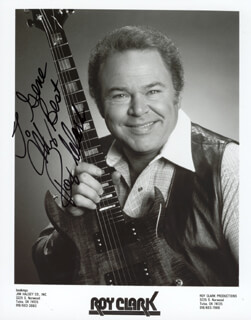 ROY CLARK - AUTOGRAPHED INSCRIBED PHOTOGRAPH