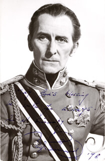 PETER CUSHING - AUTOGRAPHED SIGNED PHOTOGRAPH 1978