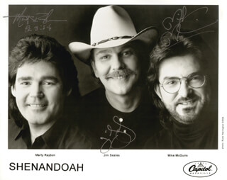 SHENANDOAH - AUTOGRAPHED SIGNED PHOTOGRAPH CO-SIGNED BY: SHENANDOAH (JIM SEALES), SHENANDOAH (MARTY RAYBON), SHENANDOAH (MIKE MCGUIRE)
