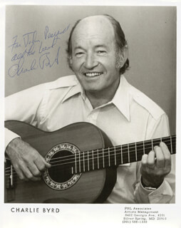 Autographs: CHARLIE BYRD - INSCRIBED PHOTOGRAPH SIGNED