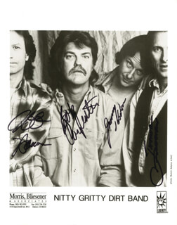 NITTY GRITTY DIRT BAND - PRINTED PHOTOGRAPH SIGNED IN INK CO-SIGNED BY: NITTY GRITTY DIRT BAND (JIMMIE FADDEN), NITTY GRITTY DIRT BAND (JEFF HANNA), NITTY GRITTY DIRT BAND (JIMMY IBBOTSON), NITTY GRITTY DIRT BAND (BOB CARPENTER)