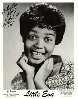 LITTLE EVA (EVA NARCISSUS BOYD) - INSCRIBED PRINTED PHOTOGRAPH SIGNED IN INK 1995