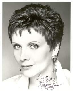 MAUREEN McGOVERN - AUTOGRAPHED INSCRIBED PHOTOGRAPH