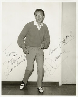 VIC DAMONE - AUTOGRAPHED SIGNED PHOTOGRAPH
