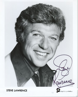STEVE LAWRENCE - PRINTED PHOTOGRAPH SIGNED IN INK