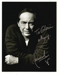Autographs: PAUL ANKA - INSCRIBED PHOTOGRAPH SIGNED 1995