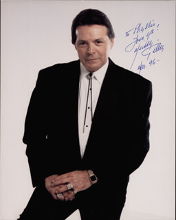 MICKEY GILLEY - AUTOGRAPHED INSCRIBED PHOTOGRAPH 3/1996