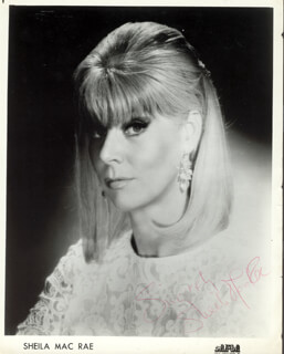 SHEILA MacRAE - PRINTED PHOTOGRAPH SIGNED IN INK