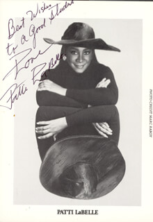 PATTI LABELLE - AUTOGRAPHED INSCRIBED PHOTOGRAPH