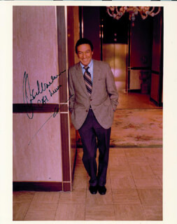 MIKE WALLACE - AUTOGRAPHED SIGNED PHOTOGRAPH
